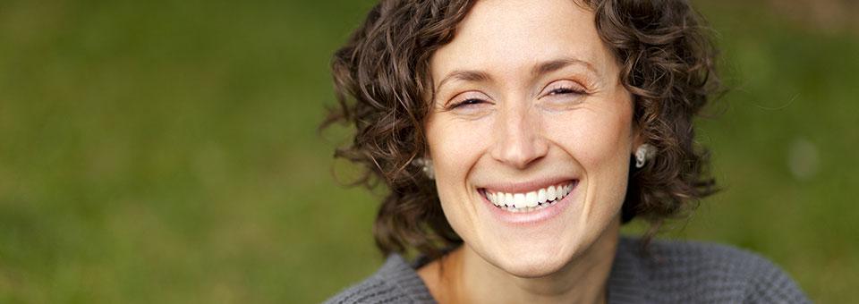 Photographie d'une personne heureuse